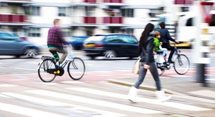 Ciclisti e pedoni