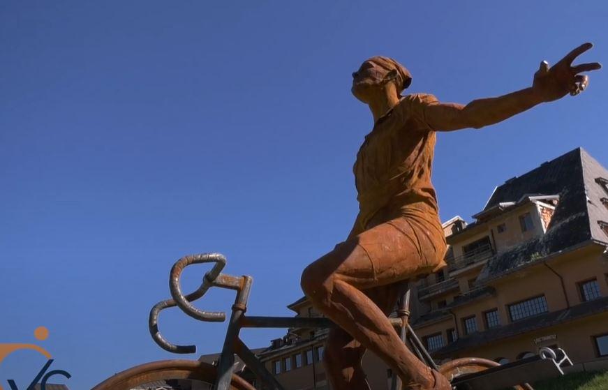 Pantani statua Plan di Montecampione