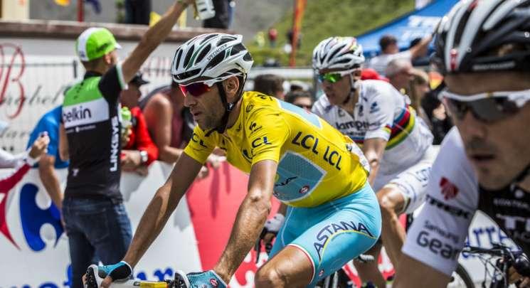 Vincenzo-Nibali-maglia-gialla-2014